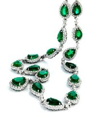 Beautify Yourself with Emerald Jewelry